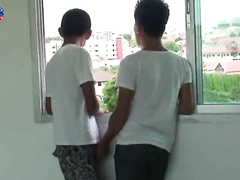 Two hot Chinese twinks giving each other good head