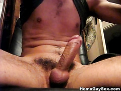 Good cumpilation of gays, eating their own jizz
