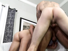 Gay boyfriends are pleasuring hot threesome with their psychologist