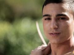 Gay dude comes to lifting room and hotly masturbates cock